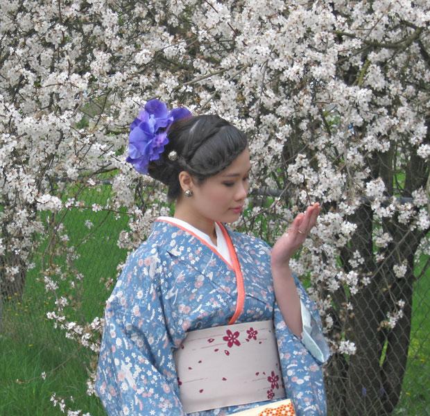 Spring Cherry Blossom Kimono Photoshoot